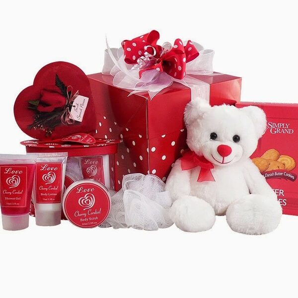 romantic valentines day gifts foe her, Unique valentines day gifts for her, valentines day gifts for girlfriend